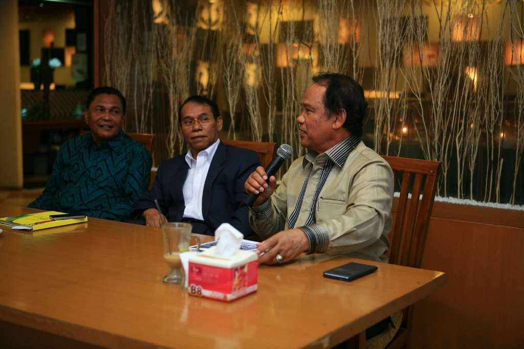 FOTO LAUNCHING & COVER BUKU IDI ACEH-1